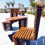 fotel obrotowy flash ze stali czarnej i drewna krajowego