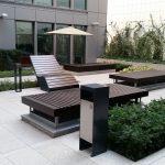patio biurowe warszawa. lezak duo i kosz simple ze stali czarnej